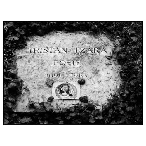 Tristan Tzara, Poète